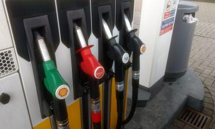 Votre voiture est-elle compatible avec la nouvelle essence 95 E10 ?