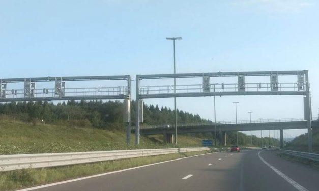 Nouveaux portique caméra sur les autoroutes ? comptage, radar ?